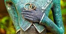 Королевская свадьба на Бали в музее / Свадебные церемонии на Бали широко известны как одни из самых запоминающихся благодаря огромному разнообразию сценариев свадьбы и мест для их проведения. Остров Бали - идеальное место для молодожёнов и тех, кто хочет отметить годовщину свадьбы или устроить себе романтические каникулы...