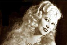 Mae West <3