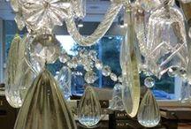 Γουλανδρή Yφάσματα / λευκά είδη / Visual Merchandising για το κατάστημα λευκών ειδών και υφασμάτων από το Artease Design Lab.