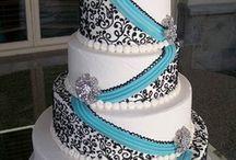 Cakes / by Štěpánka Baldinusová