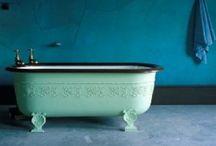 -Romantic Bathrooms-