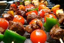 Go 4th & Conquer the Grill / Let's celebrate the 4th of July all summer long by girding our grill tools about us and conquering the grill!