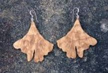 Wooden Jewelry by Jem Klein / This is a collection of hair barrettes, pendants and earrings hand crafted by Jem Klein in the Appalachian Mountains. Jem's Etsy shop is: https://www.etsy.com/shop/JemKlein You also find him on: Instagram: https://www.instagram.com/fine_crafts_by_jem/ Twitter: https://twitter.com/jem_klein Facebook: @CraftsByJem
