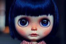 d  o  l  l  s / dolls, oyuncak bebek