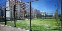 Pistas Deportivas del Hotel Tres Anclas / Pista de padel y de tenis.