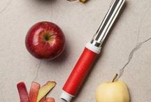 Core and Peel Apple & Pear Recipes / Apple recipes, tips on storage, different types of apples and more information about apples