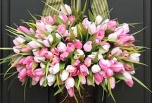 Easter & Passover Bouquets & Arrangements