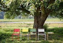 """Всепогодный Thonet / Коллекцию """"Thonet All Seasons"""" составляет мебель для внутреннего и наружного использования. Знакомый силуэт гнутой мебели, синонимом которой стало название бренда, изготовлен не из дерева, а из металлических трубок, покрытые всепогодным износоустойчивым красителем по особой технологии."""