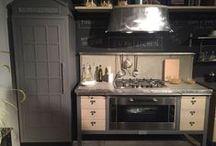 MARCHI CUCINE. Встречаемся в Москве / Визит на фабрику итальянских кухонь MARCHI CUCINE был долгожданным. С производством великолепной мебели хотели познакомиться не только сотрудники Интерьерного салона № 1, но также и дизайнеры, ценящие оригинальность стиля
