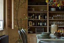 Marchi cucine. Авторский взгляд Киры Чувелевой / Архитектор Кира Чувелева воплотила в загородном доме своих клиентов необычайно интересную кухню Marchi cucine