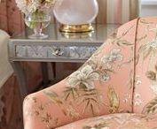 Travers: Новые ткани из весенней коллекции Love Letters Collection / Колоритное изобилие стилей от английской классики до модернизма Альберта Хэдли (Albert Hadley) и древней китайской гравюры в яркой, жизнерадостной цветовой гамме демонстрирует Travers 2017 collection, которая, по задумке авторов, является признанием в любви к американскому дизайну прошлого и настоящего