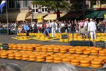 Netherlands- Cheese markets / שווקי גבינות הולנדיים מסורתיים וססגוניים..