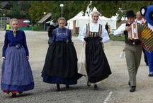 Slovenia and north Croatia / נהרות, מפלים, הרים והמון המון ירוק. סלובניה היא ארץ קטנה ויפהפייה המציעה למבקרים בה אגמים קסומים, מערות נטיפים מדהימות, נהרות בצבע טורקיז, הרים נישאים וקניונים עמוקים. לצד אתרי הטבע יש בה גם עיר בירה תוססת, כפרים עתיקים ומגוון אטרקציות ופעילויות לכל המשפחה. הסלובנים נחמדים ומקבלי פנים, הטיול בסלובניה נוח, המרחקים קצרים ואפילו האוכל מצוין: כל מה שצריך לטיול משפחתי מהנה!