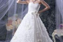 Trouwjurken / Okmi biedt goedkope trouwjurken van topkwaliteit.