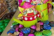 Max Perry Πάσχα 2015 / Το Πάσχα είναι γιορτή αγάπης και δώρων για τους μικρούς μας αγαπημένους, όλους τους φίλους μας, τα βαφτιστήρια και όλους, όσους γιορτάζουν.  Στα Max Perry η ποικιλία σε σοκολατένιες δημιουργίες και ευφάνταστες συσκευασίες δεν έχει τέλος. Σε κάθε κατάστημα Max Perry θα χορτάσετε ομορφιά, δημιουργία και κυρίως γνήσια και ευφάνταστη γεύση σοκολάτας.