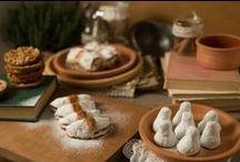 Νηστίσιμα Max Perry / Τα γλυκά της Σαρακοστής είναι πλούσια στην Ελλάδα και τα υλικά τους εμπνέουν τις γευστικές δημιουργίες στα Max Perry. Με γνήσιο λάδι και μέλι, με τραγανιστούς ξηρούς καρπούς  - καρύδι και αμύγδαλο. Με συροπιαστές μαρμελάδες φρούτων. Με αρώματα κανέλας και λικέρ. Γλυκά πασπαλισμένα με άχνη ζάχαρη ή με επικάλυψη σοκολάτας υγείας και νηστίσιμης πραλίνας. Η Σαρακοστή είναι γλυκιά στα Max Perry.