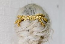 Aurora Comb / Aurora Comb   This elegant comb is inspired by Aurora the goddess of sunrinse. Handmade of fine goldplated leaves.    Beautiful to wear with a loose hairdo.  Perfect for a bride with ore without a veil.     Price: 184 Euro   http://naturae-design.com/products/combs/Aurora%20Comb.html