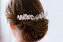 HAIR COMBS AND PINS / Hair combs and pins