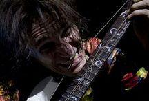 STEVE VAI / Este maestro de la guitarra nos visitó y no sin dejar un grato recuerdo en todos nuestros corazones. Menuda noche vivimos.