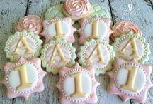 Cookie Stuff / Decorated Cookies / by Beverley Hari