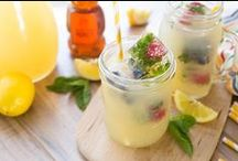 Beverages / Honey is the perfect way to add a touch of sweetness to any drink recipe! Beverages and smoothies to quench any thirst.
