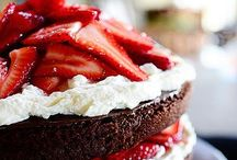 Delectable Desserts / by Christa Pettis