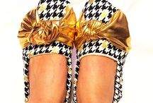 Hautemoccsdotcom: Adult Booties / Lounge shoes for mommies and daddies!