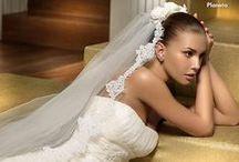La Belleza del Velo / El velo es un adorno muy significativo de la novia que se ha ido actualizando durante todos estos años y ha llegado hasta nosotras bajo las siguientes propuestas