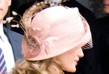 La Pamela y el Sombrero / Para una ceremonia de día no hay complemento más elegante y personal que una pamela o un sombrero.