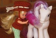 mes réas Shelly et petites poupées / tenues de poupées