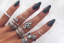 Nails, peircing and jewellery