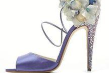 1- Sapatos, sandálias e calçados.