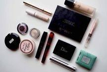 Meikkaus - Ostolakossa-blogi / Ostolakossa-kosmetiikkablogin meikkaamiseen liittyvät blogipäivitykset.