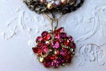 Girly Glitter / Sparkle ~ jewelry, vintage and lace