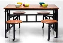 Stoły/ Tables / Stół stał się symbolem domowego ogniska i gościnności. To przy stole spotykają się rodziny aby wspólnie zjeść posiłek ale i też przy stole podejmowane są długie rozmowy. A więc porządny stół to podstawa każdego domu.