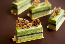 Különleges desszertek receptjei / Főleg Francia desszertek receptjeit találod. Remek ötleteket meríthetsz a dekorációkból is.