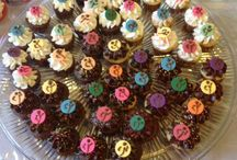Cakes / Any n every kind of cake cupcake n cake pop!! / by Diane Andrade