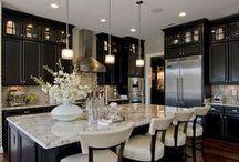 Dark Kitchens Cabinets