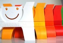 Zorg voor een lach. / BOOSTCAT stimuleert en activeert de positieve stemming van patiënten in een ziekenhuis of verpleeg omgeving.