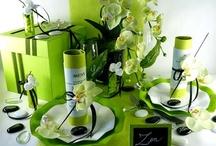 Mariage zen / Adoptez la zen attitude... Cette décoration de table est parfaite pour un mariage, mais aussi pour un baptême ou pour toutes autres réceptions.  Le vert anis et le blanc sont les couleurs parfaites pour ce thème.