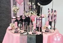 Deco table rose & noire / Réalisez une décoration de table à la fois glamour et élégante, grâce aux codes des nouvelles tendances dont s'inspire cette nouvelle saison !