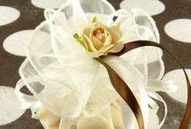 Boites à dragées facilement customisables ! / En carton ou en tissu, découvrez ou redécouvrez les modèles essentiels à votre célébration de mariage, baptême...