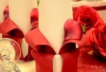 Pliage de serviette / Pour mettre du relief sur votre table de mariage, baptême, anniversaire, retrouvez nos suggestions pour mettre en valeur vos serviettes de table !