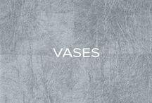 Vases / Vases.