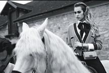 FASHION - Ascot Necktie