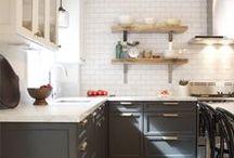 KITCHENS / Gorgeous kitchen makeovers and design ideas.