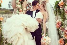 Dream Wedding Dresses / Dreamy, elegant, romantic and a hint of vintage / by Frenchy Lay