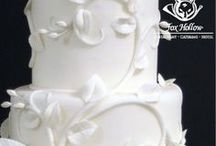Wedding Cakes / Every celebration calls for cake...especially your WEDDING! / by Fox Hollow