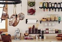 Kitchen Organization / Organization ideas for a mess-free kitchen