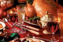 christmas food and drinks / by Elizabeth Emmerick